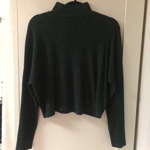 Mock neck green crop long sleeve